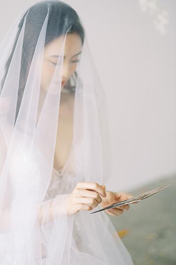 wedding gown movement